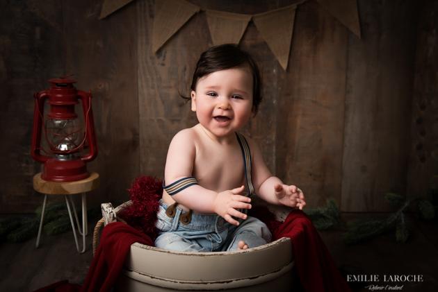 Emilie Laroche Photographe bébé studio (1 sur 2)