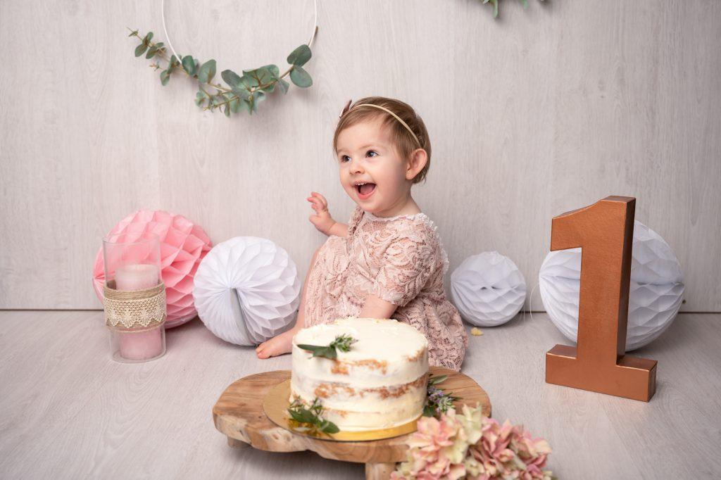 emilie laroche photographe bebe smash cake