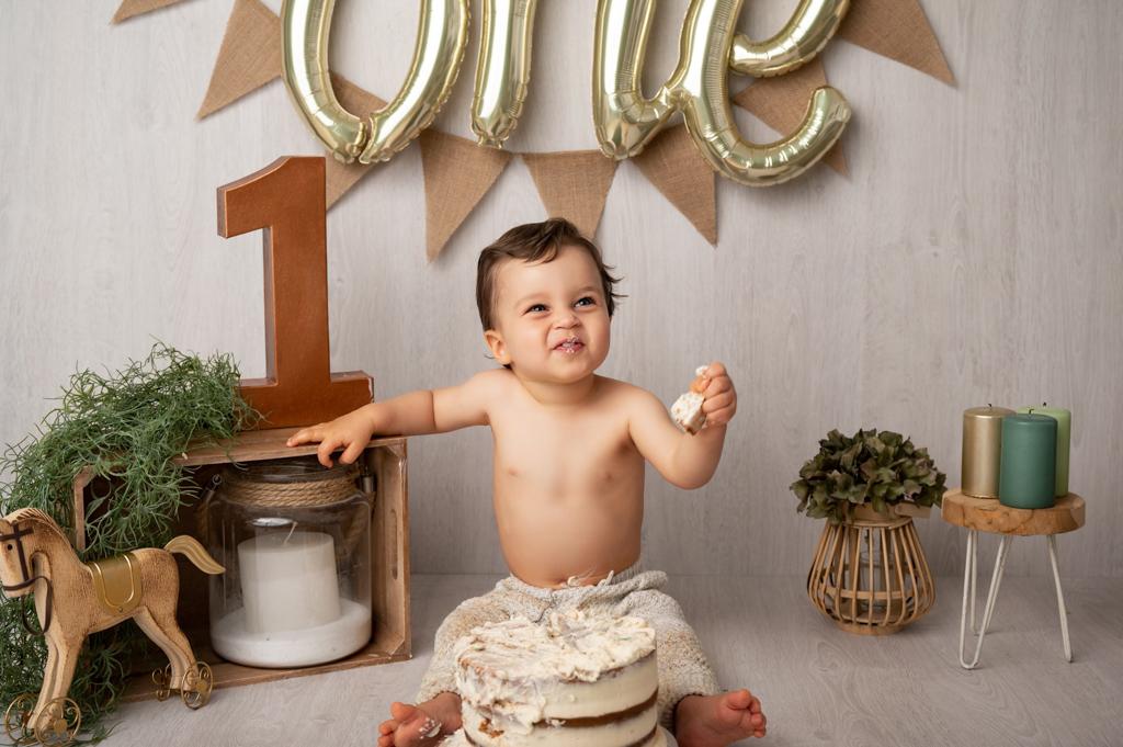 emilie laroche photographe famille bebe anniversaire smash the cake (6 sur 14)